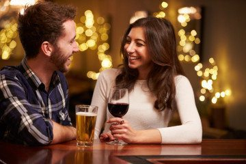 10 Signs Your First Date Won't Lead To A Second