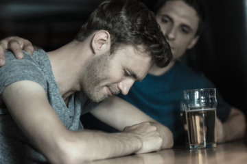 It's Not You, It's Him: 10 Signs You're Dating A Total Loser