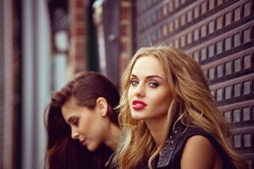 10 Signs You've Outgrown Your Friendship