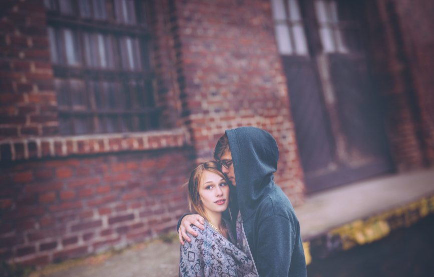 The Worst Reasons to Stay in a Relationship That's Obviously Not Working