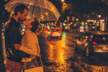 Why Wait For Him? Here's How To Make The First Move In Dating