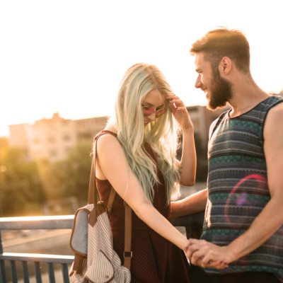 Crazy Thoughts Every Woman Has Before A First Date