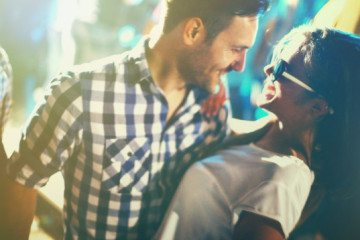 10 Inappropriate Questions We Wish We Could Ask On The First Date