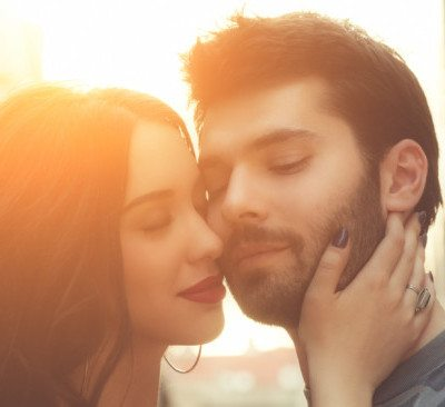 Is Your Relationship Over? 17 Signs The Love Is Gone