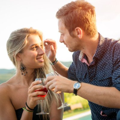 8 Reasons You Shouldn't Be In a Rush To Lock Things Down With A Guy