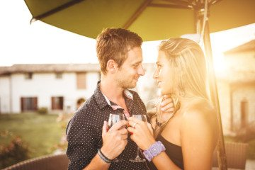 7 Reasons You Should Do More Hooking Up