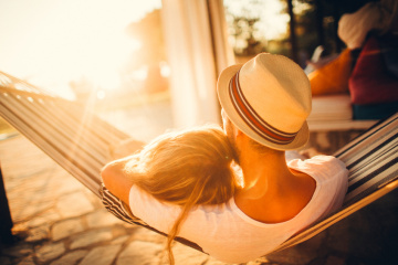 8 Signs Your Summer Fling Could Be The Real Thing