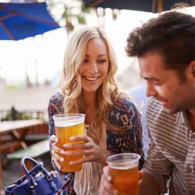 9 Signs Your Date Might Be An Alcoholic