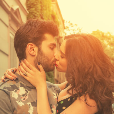 Here's Why You Should Wait To Sleep With Him, No Matter How Badly You Want Him