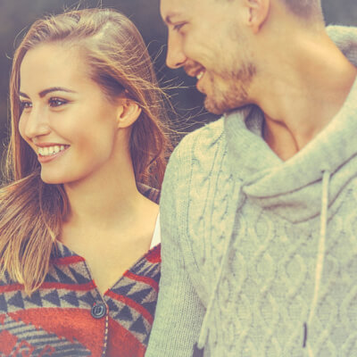 Be With Someone Who Actually Gives A Damn About You AND Does These 10 Things