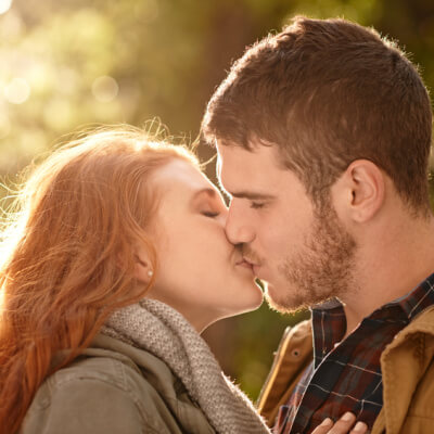 When to kiss online dating