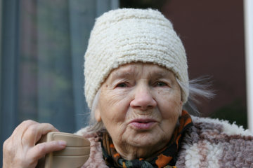 Want A Long, Happy Life? Then Stay Away from Men, Says World's Oldest Woman