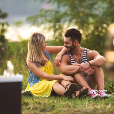 Physical Intimacy Is Overrated — Here's Why You Should Focus On Emotional Intimacy Instead