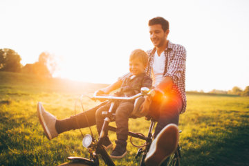 Before You Start Hitting On That Hot Single Dad, Make Sure You Know These Things