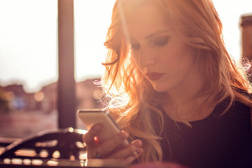 14 Texts From Guys You Probably Shouldn't Trust