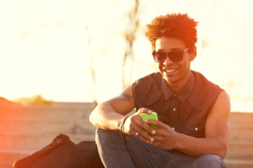 His Terrible Texting Habits May Reveal What He Really Thinks Of You