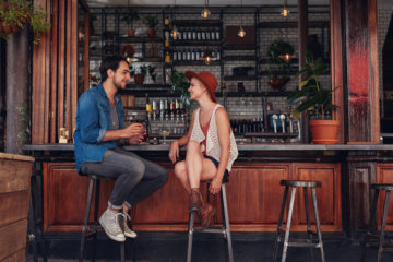 Why Do People Hate On Bars For First Dates? I Think They're Great