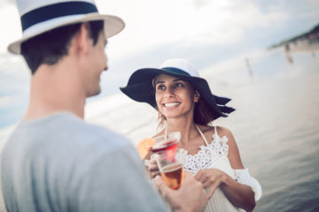 If He Doesn't Do These Things On A First Date, There Won't Be A Second