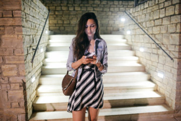 10 Signs You're In A Go-Nowhere Textationship