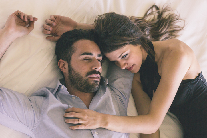 14 Signs You'll Regret Sleeping With Him