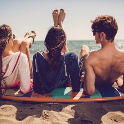 Dear Couples, Here's What Your Single Friends Need From You