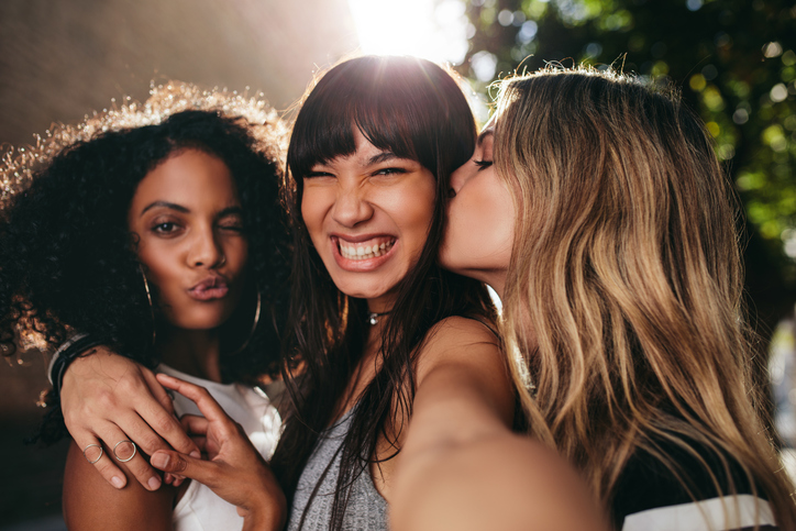 10 Reasons Being The Only Single Girl In My Friend Group Is The Best Thing Ever