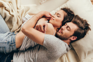 If A Guy Does These 10 Little Things, He Really Likes You
