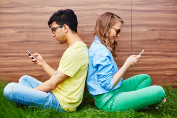 Ridiculous Reasons Guys Give For Not Wanting To Make Your Relationship Facebook Official
