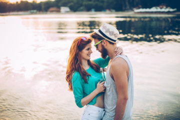 It's Annoying When People Say You'll Find Love When You Stop Looking, But Here's Why It's True