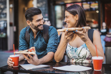 I'd Prefer Pizza And Beer Over A Fancy Dinner Date Anytime—Here's Why