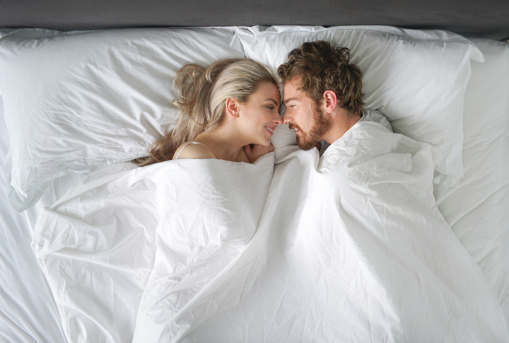 9 Things A Grown Man Should Never Do In Bed