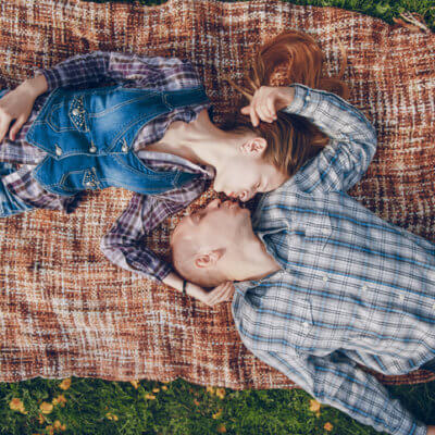 normal dating relationship All relationships have a natural progression, as evidenced by the five stages of dating according to lori gorshow, the first two to three months in a new relationship are about getting to know a person enough to decide if you want to continue.
