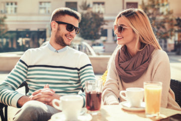 """Is Being """"Monogamish"""" The Future Of Relationships? It Could Solve A Lot Of Problems"""
