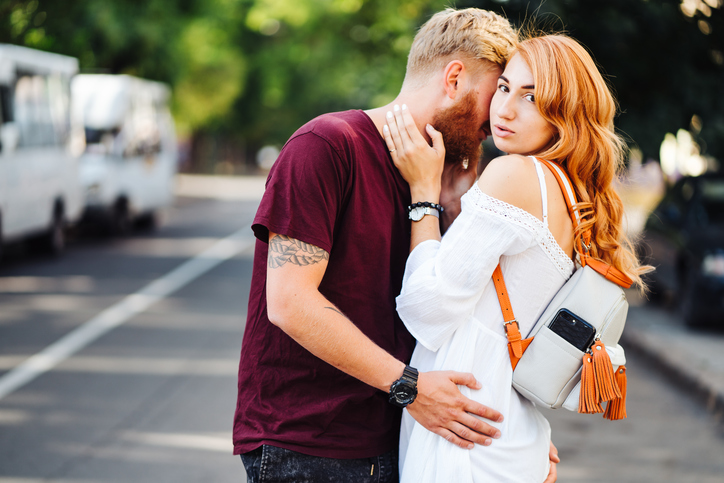 11 Signs He'd Make A Terrible Boyfriend That Most Women Miss