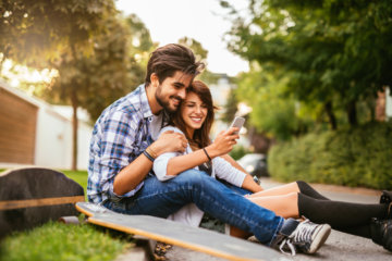 10 Seemingly Innocent Habits That Can Turn Dangerous In A Relationship