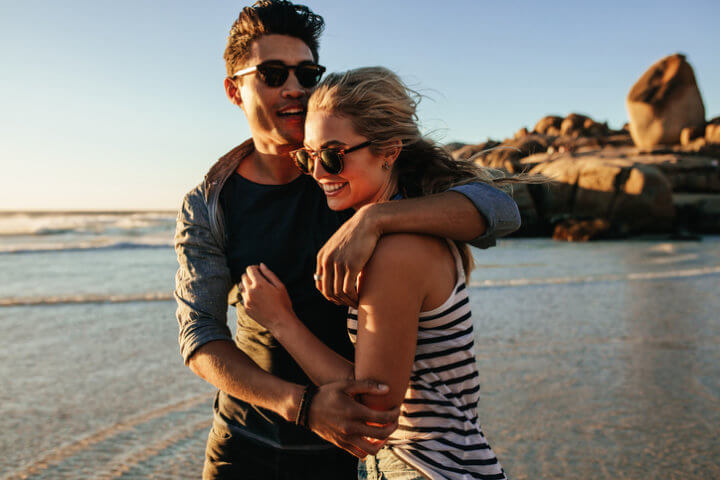 30+ Is Your Boyfriend Spying On You 10 Signs Your Guy Is ...