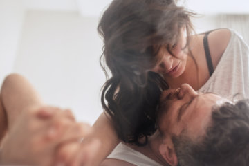 A Guy Reveals What Men Are Thinking After A One-Night Stand