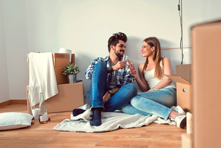 I Couldn't Afford To Live Alone So I Got A Boyfriend