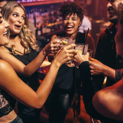 Why Women Who Don't Give AF Make The Best Friends