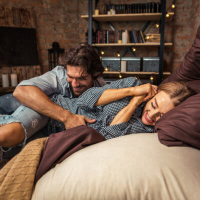 Guys Are Turned On By Their Girlfriends' Farts, Science Says