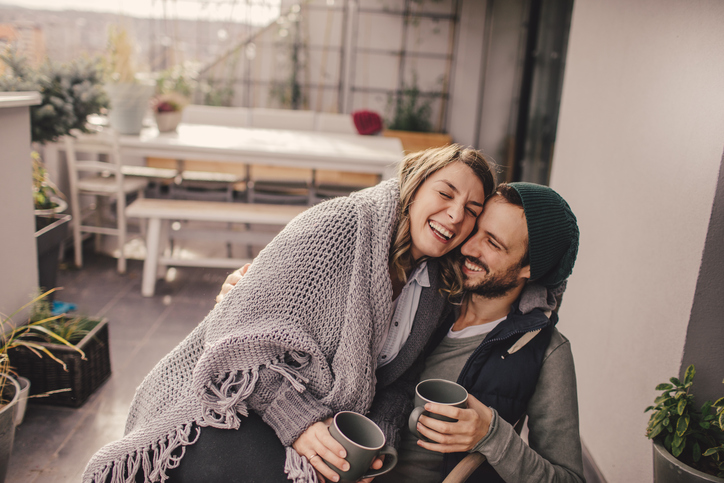 How Long Does It Take To Get Comfortable With Your Partner? The Answer Is Surprising