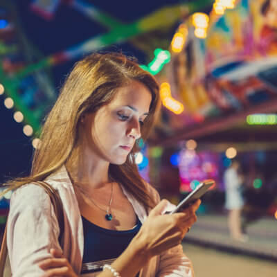 How To Deal When Your Partner's Bad At Texting But Great In Real Life