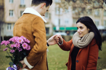 I Want To Be With My Boyfriend Forever, So Why Do I Freak Out Every Time He Mentions Marriage?