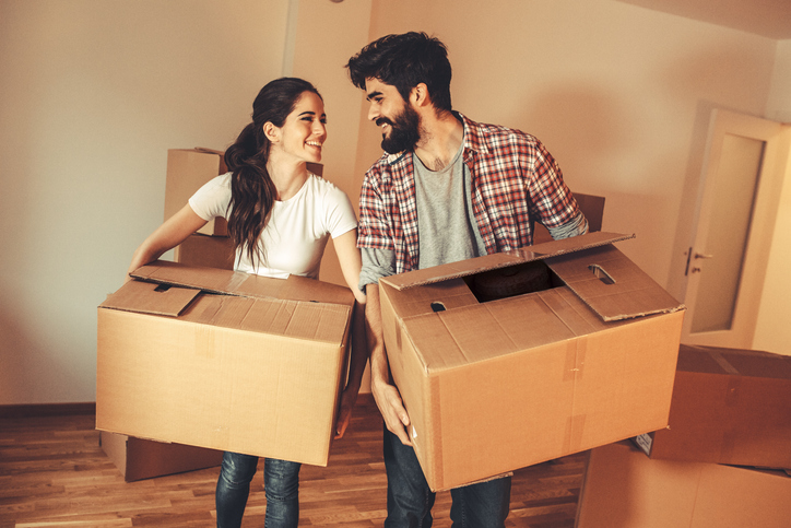 A Guy Reveals The Signs Your Boyfriend Is Ready To Move In Together