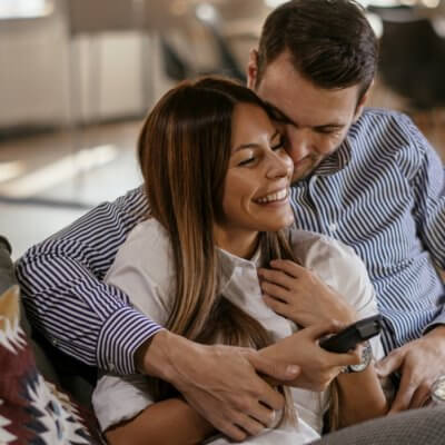 What Makes A Healthy Relationship? 10 Basic Qualities Couples Need To Thrive