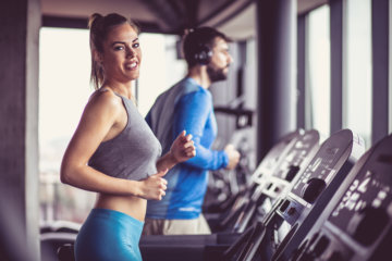 Woman Pretends To Fart At Gym To Get A Flirty Guy To Leave Her Alone