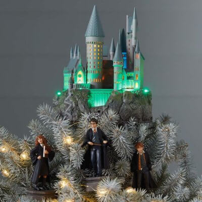 This Hogwarts Christmas Tree Topper Is Every 'Harry Potter' Fan's Dream