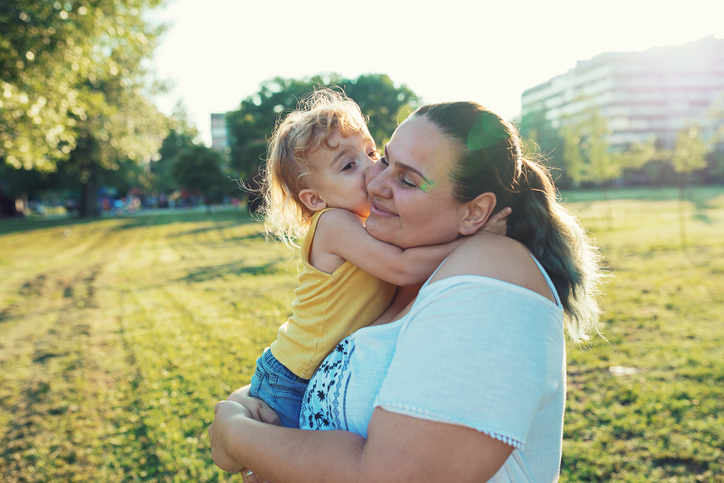 You Don't Need A Partner To Have A Baby, But Here's What It's Like To Raise Kids Alone