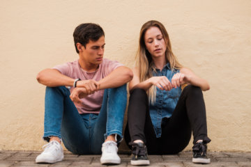 """Is Your Boyfriend A """"Pity Partner""""? Here Are 11 Signs"""