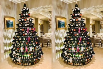 This Wine Bottle Christmas Tree Is A Boozy Holiday Dream